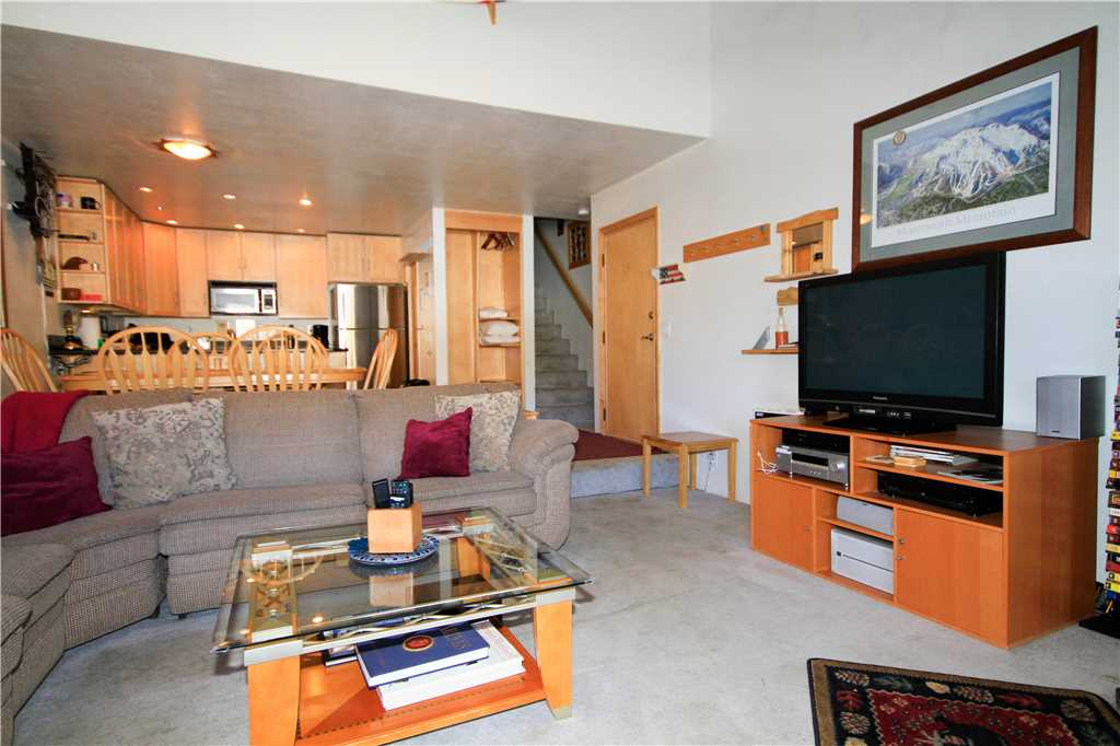 Mammoth Mountain 2 bed rental at Courchevel