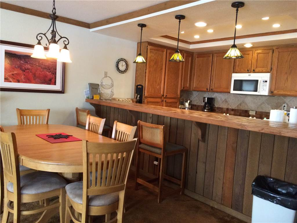 Kitchen and bar area in a 2 bed Mammoth vacation rental