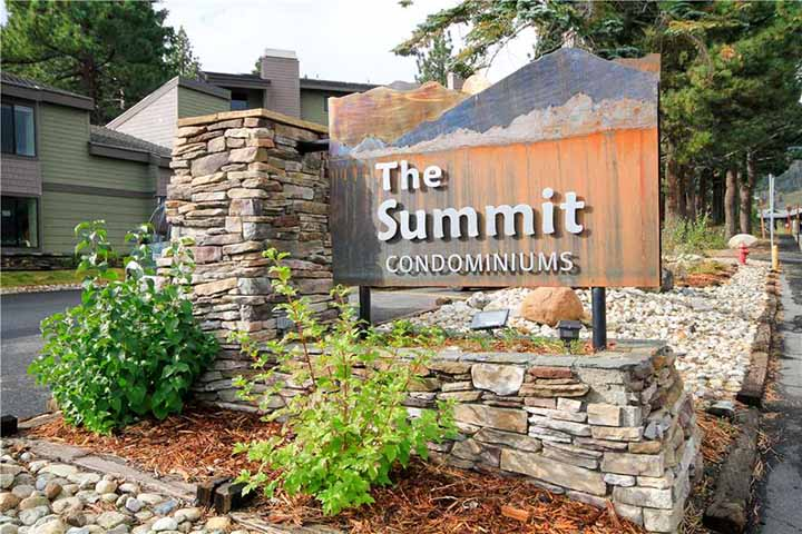 Sign for The Summit complex at Mammoth